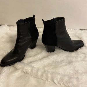Stuart Weitzman nuotherhalf black ankle boots heel